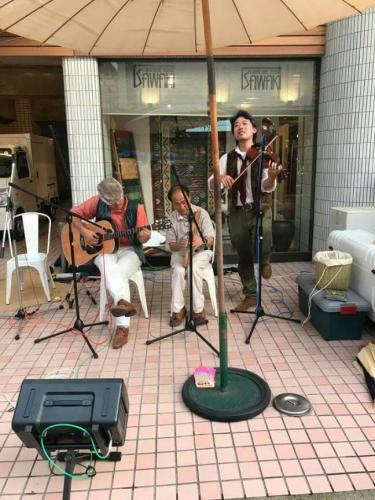 宇治橋通商店街 クラフトビール夜市にて